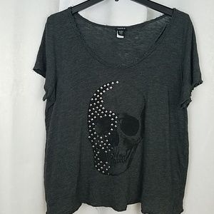 Torrid Skull Tee With A Stud Detail Size 1X